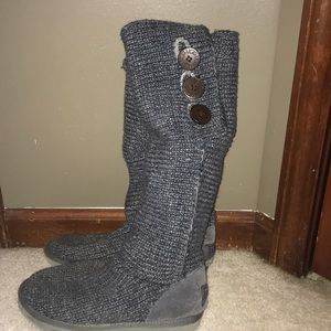 Grey Knit UGG boots size 8